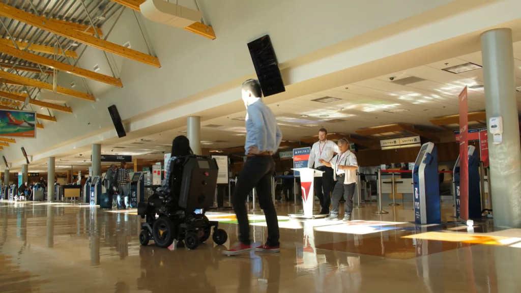 A&K's AI-powered robot in action at the airport